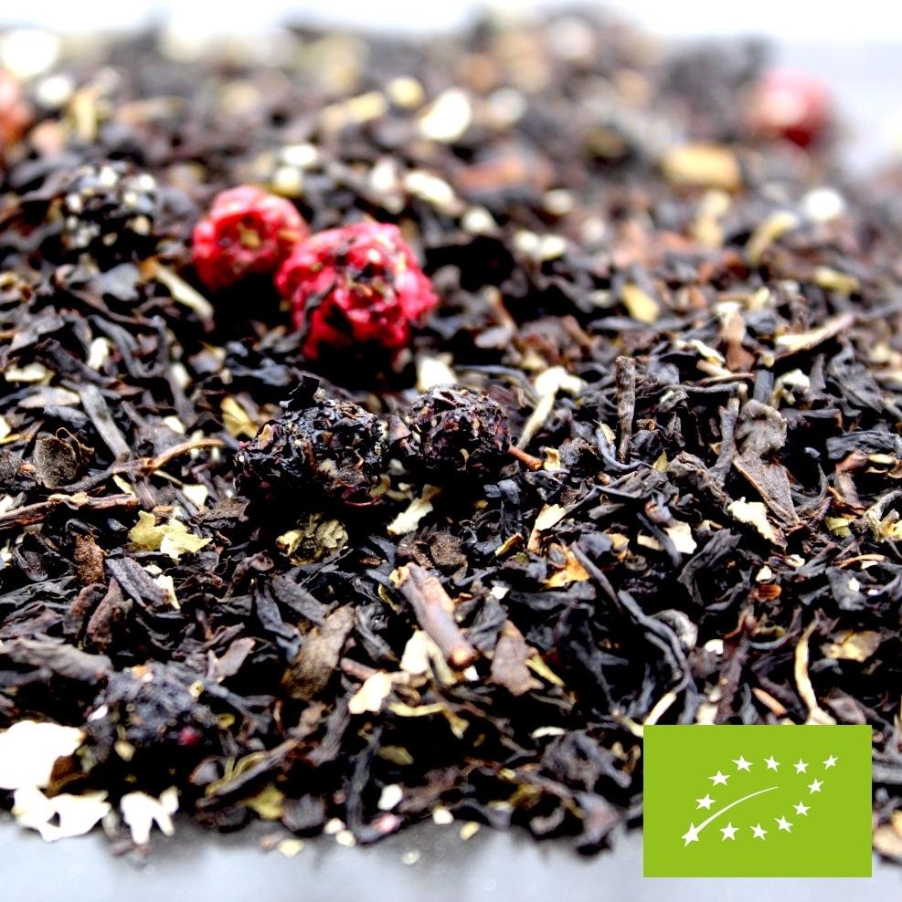 Le thé noir Cassis BIO de la FBKT vous procure une sensation fruitée. C'est un excellent thé noir pour débuter sa journée fraichement !