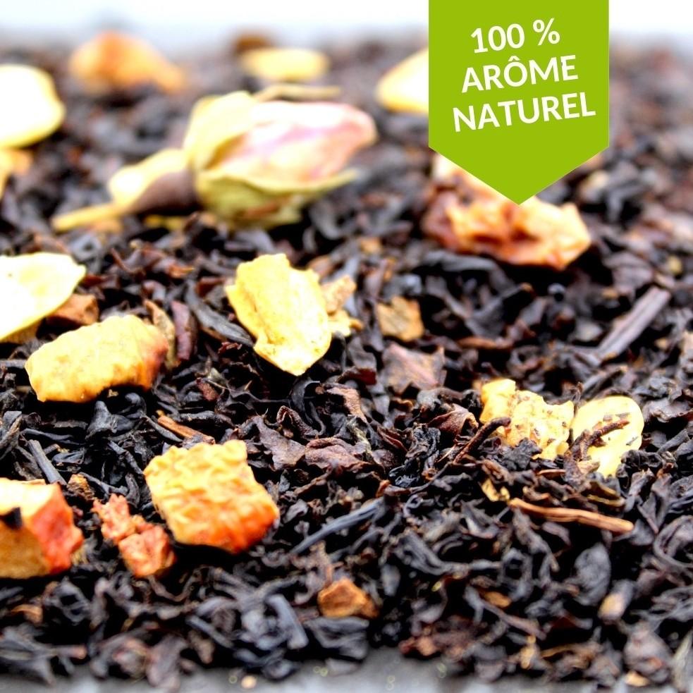 Le thé noir Pomme Amande Cannelle est un assemblage de saveurs alliant sucrosité et douceur, ce qui en fait le thé parfait pour le gouter.