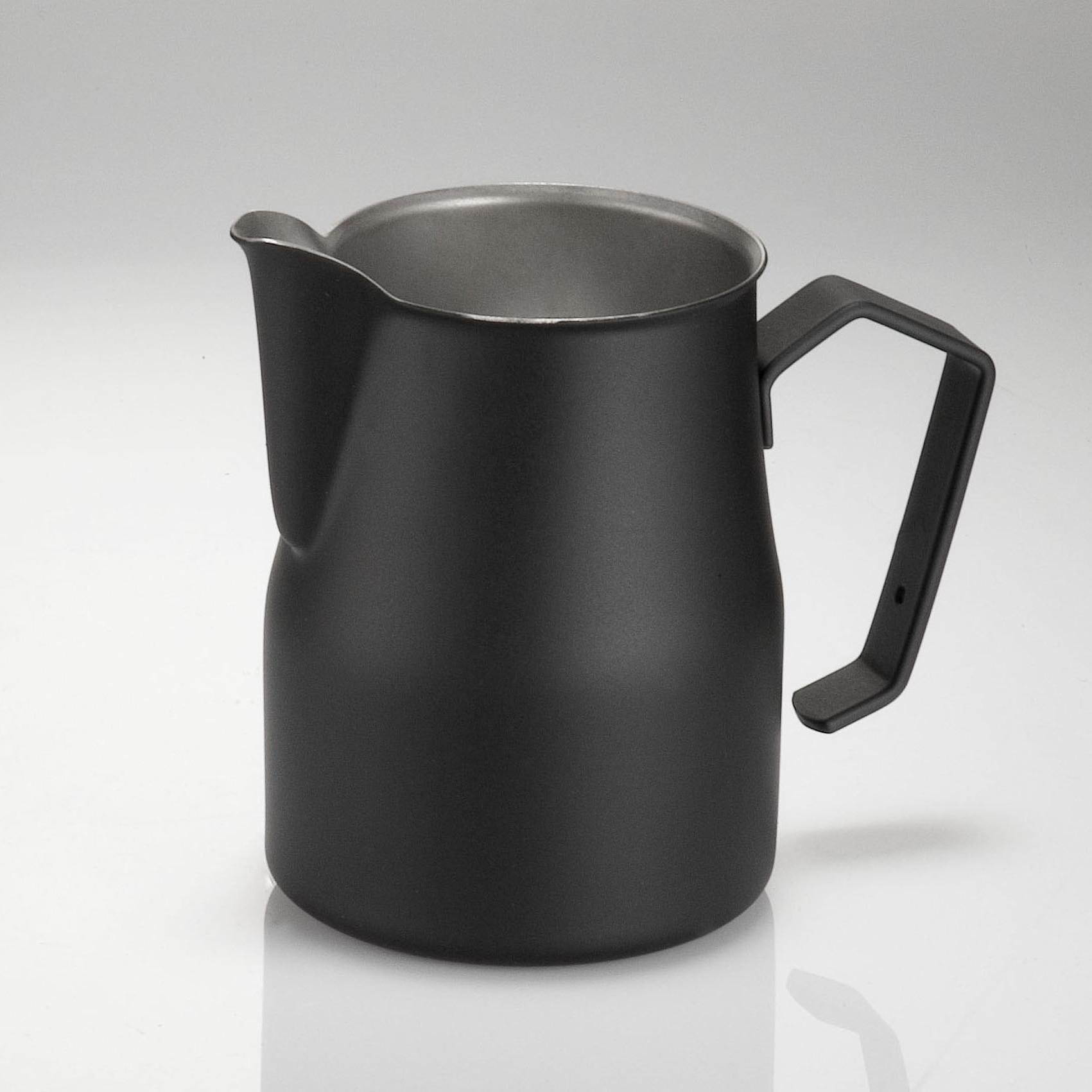 pot à lait noir professionnel